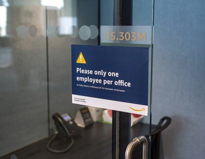 social distancing office sign