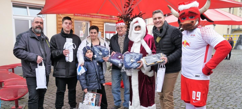 LEJ1_Weihnachtsfeier-Tafel-Leipzig_2017.jpg