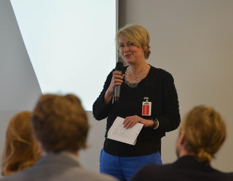 UdZ-Midterm Meeting