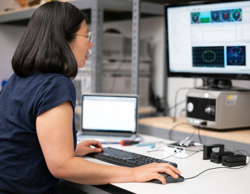 Software engineer Lisa Huang analyses how signals from the device work in unison