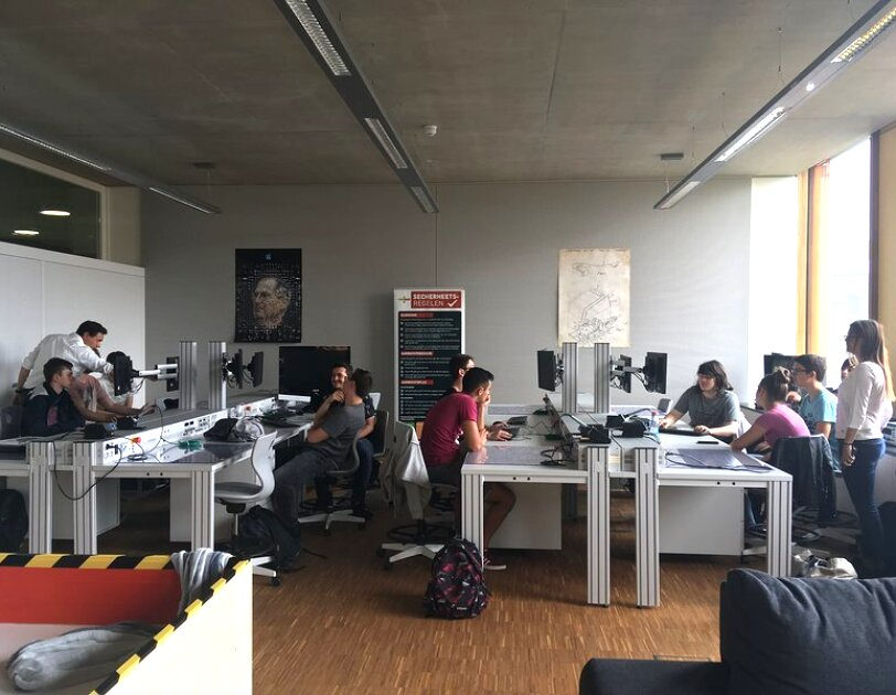 Holding Explarotary Lab workshops at Lenster Lycee