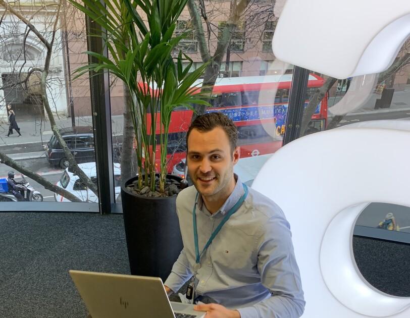 """""""You own your career"""" – für Jan eröffnete das duale Studium bei Amazon den Weg ins Ausland. Heute arbeitet er bei AWS in London.dium 1.JPG"""