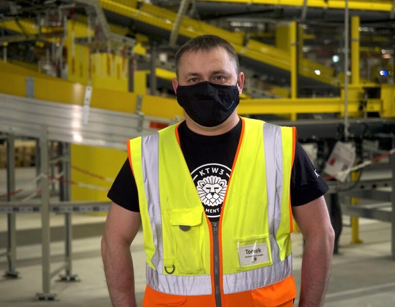 Tomasz Śmiglewski, kierownik zespołu w centrum logistycznym Amazon w Gliwicach