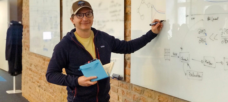 Portrait des Projektleiters Dr. Luitpold Staudigl.
