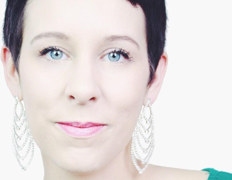 Annika Bühnemann, Autorin und Schreibcoach