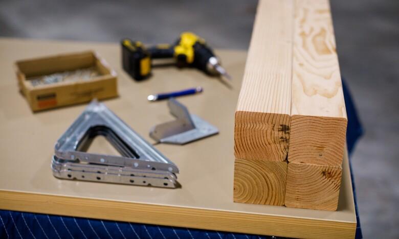 how to build amazon door desk