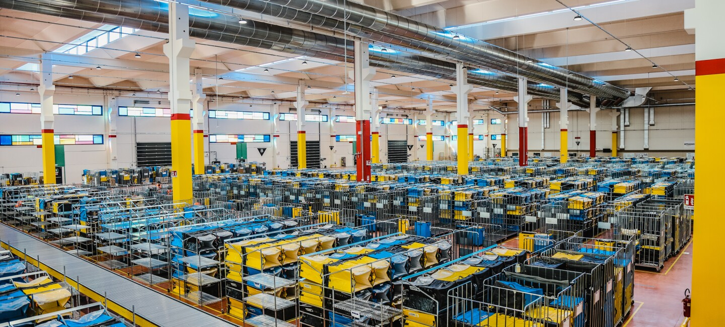 Photo of an Amazon Logistics site in Italy