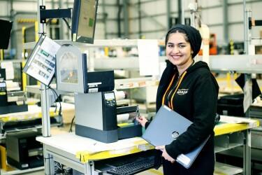 Sunha Zulfiqar, Amazon apprentice