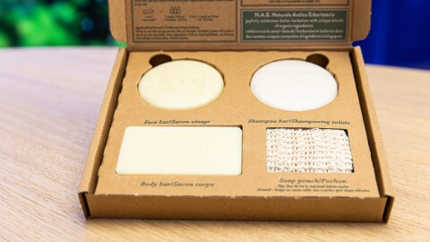 Henkel und Amazon entwickeln gemeinsam umweltschonende Verpackungen für N.A.E.-Produkte
