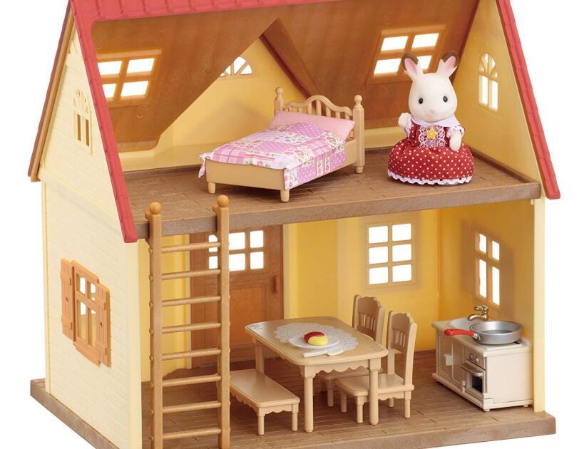 Abbildung des Sylvanian Families Starterhaus, erhältlich auf Amazon.de.