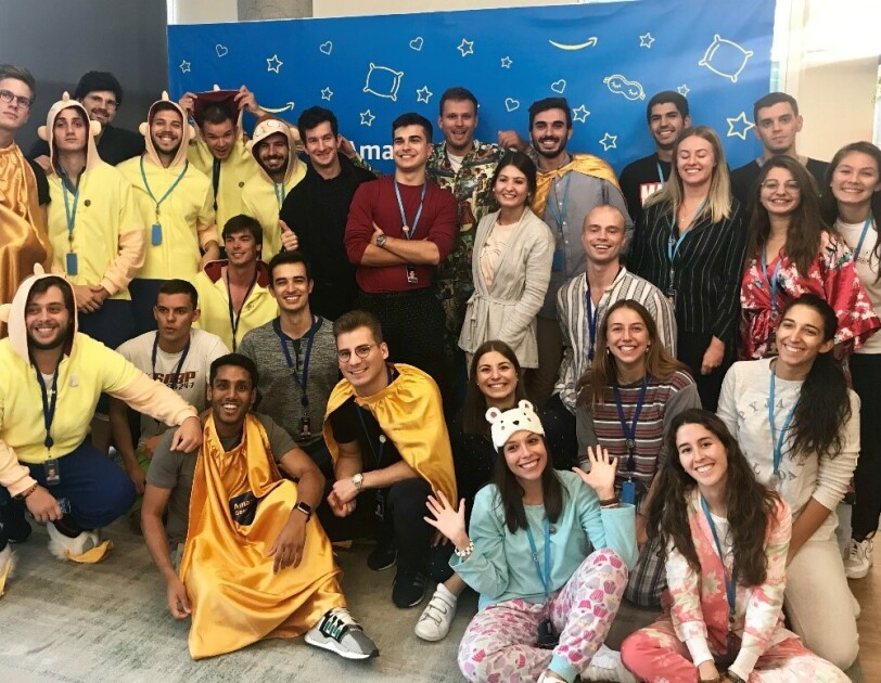 Spanish team celebrating Amazon Goes Gold in Madrid corporate office