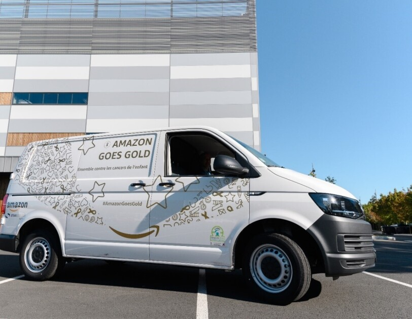 Amazon Goes Gold truck in France