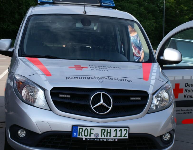 Blog FRA3 Rettungshunde Fahrzeug des  Fördervereins durch Smile