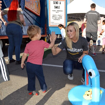 Amazon volunteers at community event