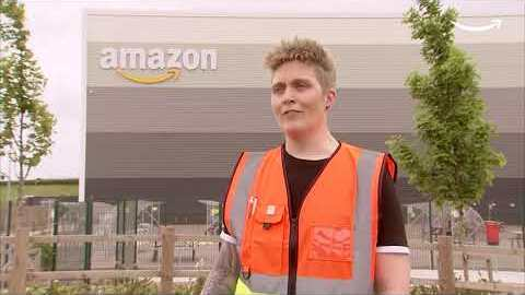 Celebrating the first Amazon safety apprentices to graduate