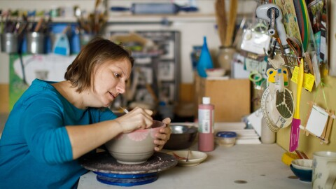 Seattle-based potter Sarah Bak