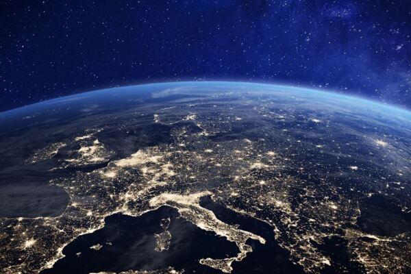 Die Weltkugel bei Nacht