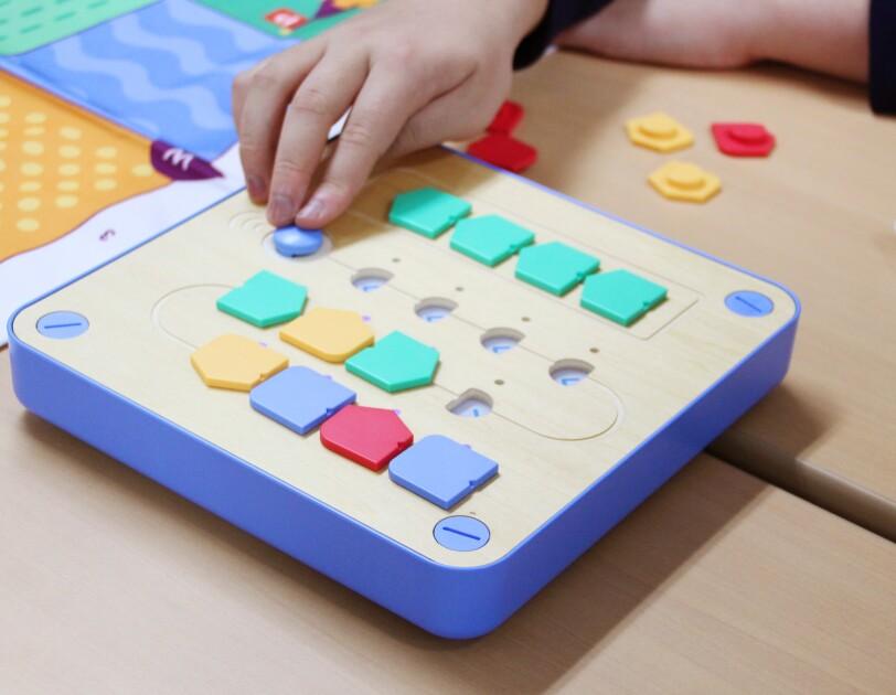 「IT自習室」で子どもたちの学びを支援