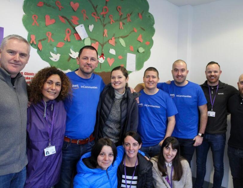 aws amazon volunteers