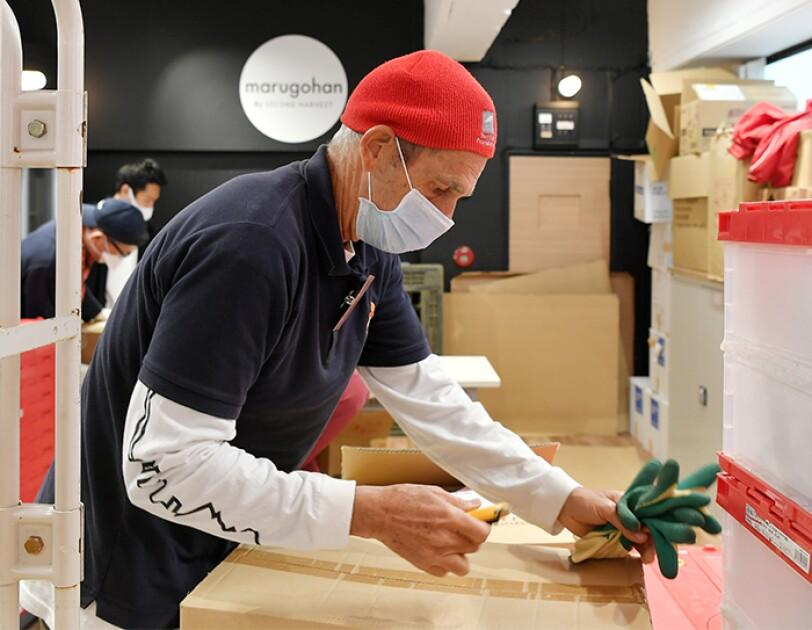 セカンドハーベスト・ジャパンのボランティアスタッフたち