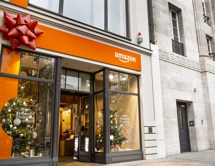 Amazon Pop up Store #HomeOfChristmas