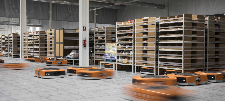 Los robots empleados por Amazon en los centros logísticos