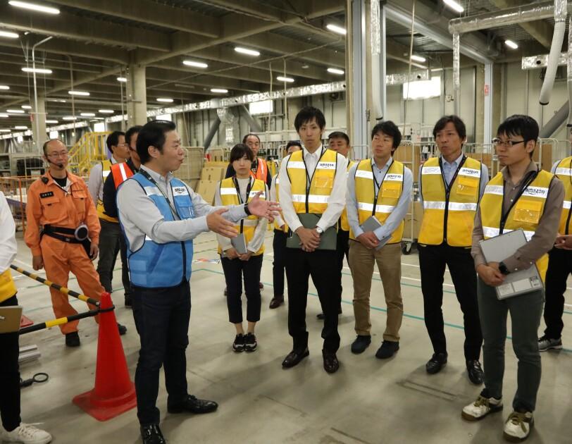トヨタ多治見サービスセンターとの「企業間交流プログラム」を実施