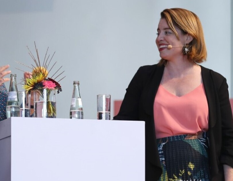 Stephenie Landry in a fireside chat at Amazon Academy Germany
