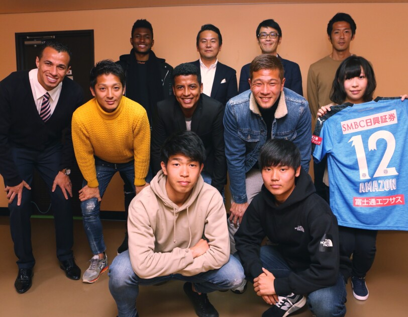 川崎フロンターレとAmazonがコミュニティパートナーシップを開始