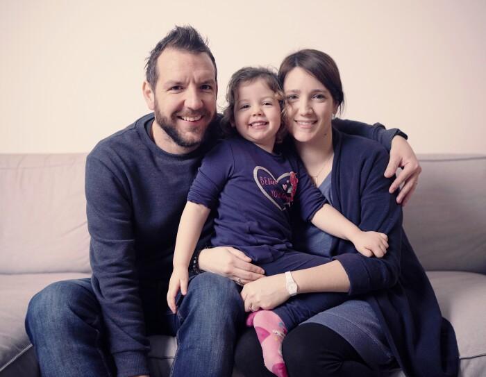 Federico Mancin con la figlia e la moglie