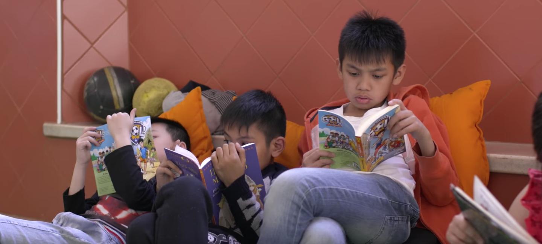 Children enjoying books on World Book Day