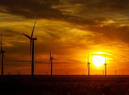 amazon-wind-farm-2.jpg