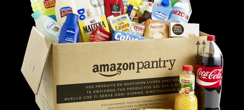 Caja de Amazon Pantry con productos de alimentación, higiene y limpieza del hogar.
