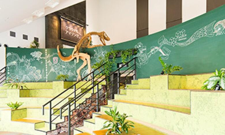 Amazon東京オフィスの恐竜