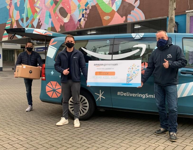 Amazon Spendenvan in Köln