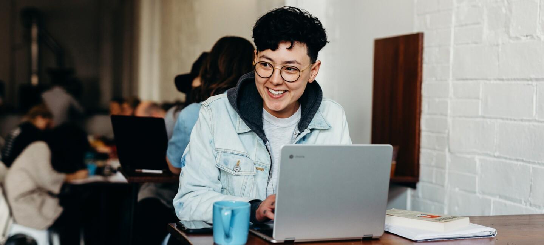 Laptop, Frau, Arbeit, Quickstart Online