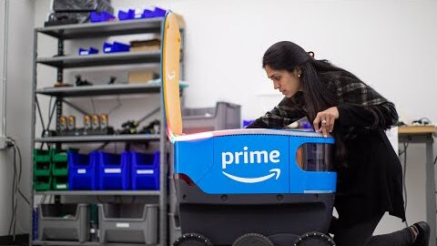 Women powering Amazon