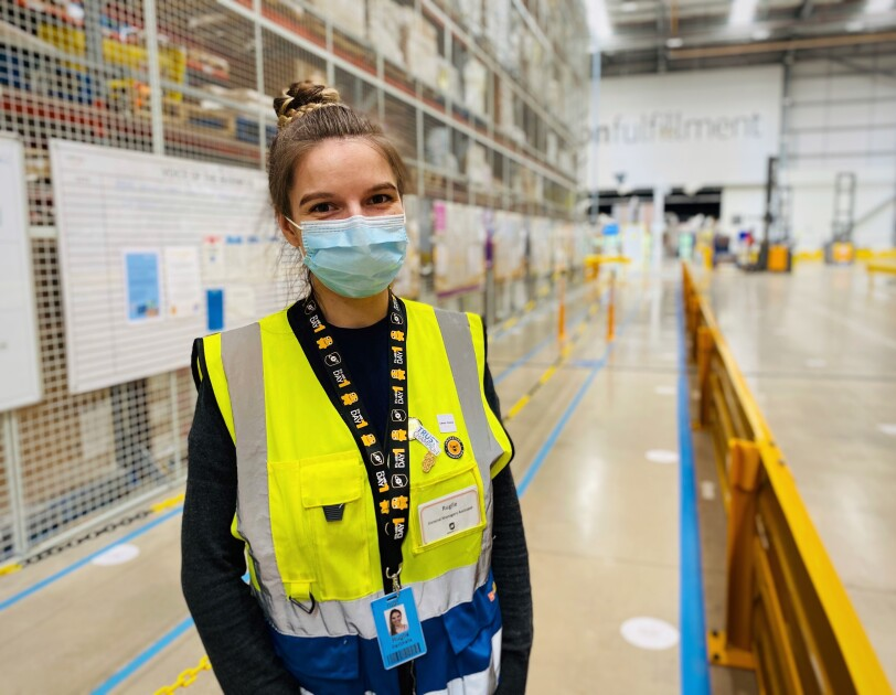 Employee wearing mask at Amazon fulfilment centre