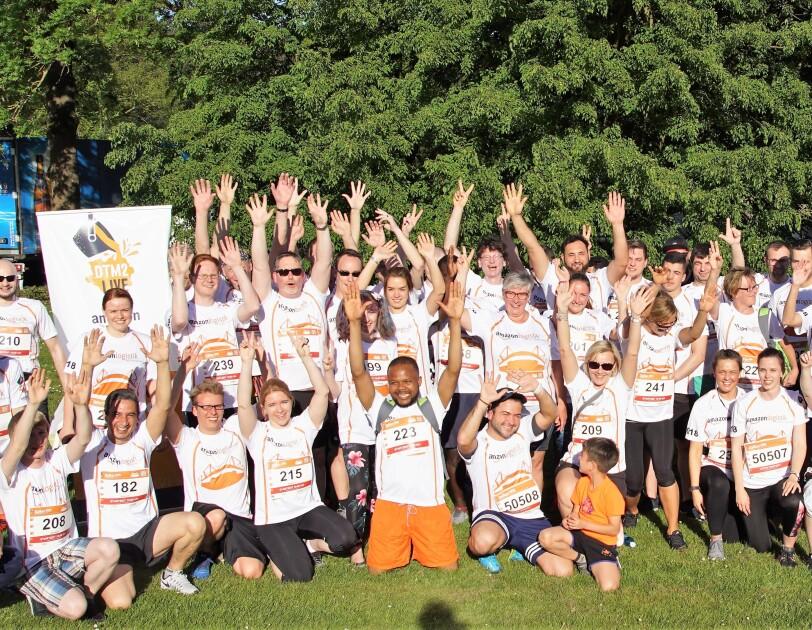 Gruppenbild B2Run Dortmund mit Ops Mitarbeiter