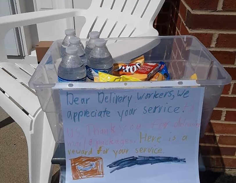 A customer note of thanks to Amazon delivery drivers