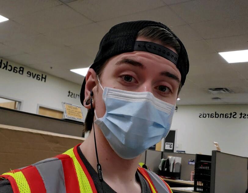 Amazon associate wearing a mask