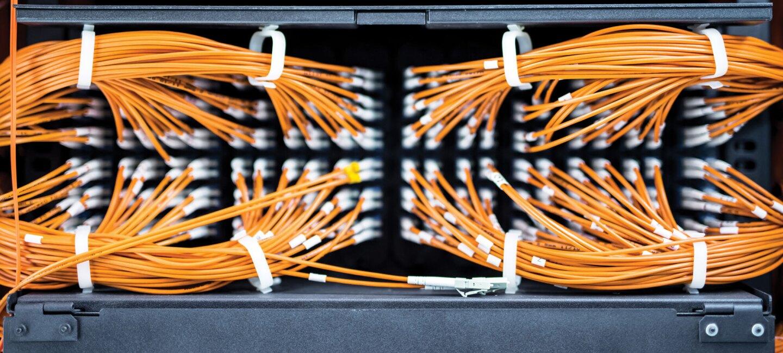 AWS server cables