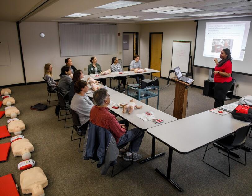 CPR instructor Jamie Davis leads a class