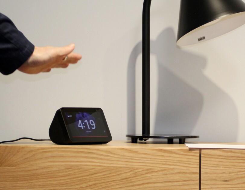 新登場「Amazon Echo Show 5」でAmazon Alexaと暮らす生活