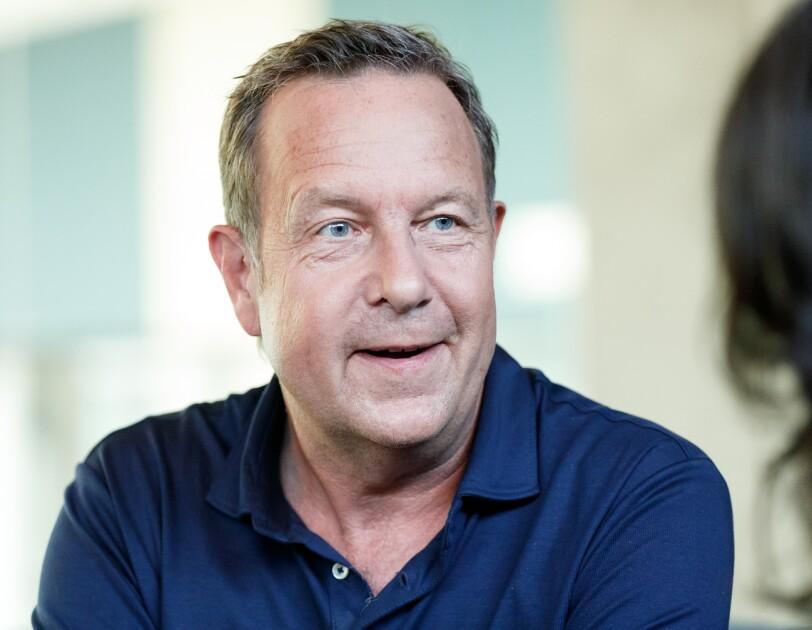 """Ralf Kleber bei der Abschlussveranstaltung von """"Unternehmerinnen der Zukunft""""."""
