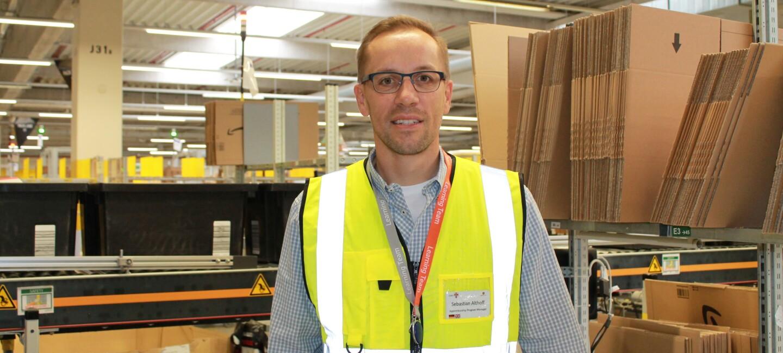 2020 Sebastian Althoff im Logistikzentrum
