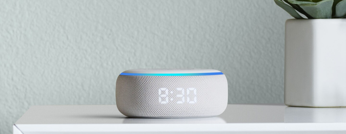 Alexa Dot with clock in grey and white