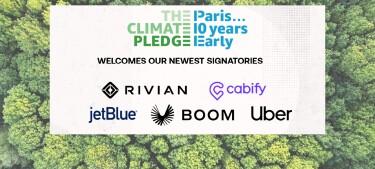 Fotografía de un bosque t delante en un cuadro blanco The Climate Pledge, Paris 10 years early welcomes our newest signatories y los logos de Rivian, Cabify, jetBlue, Boom y Uber.