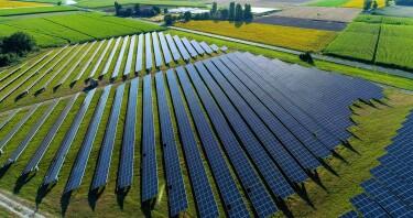 immagine di un parco fotovoltaico