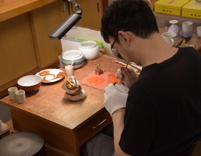 Amazon Story:販売することで九谷焼の技を守る
